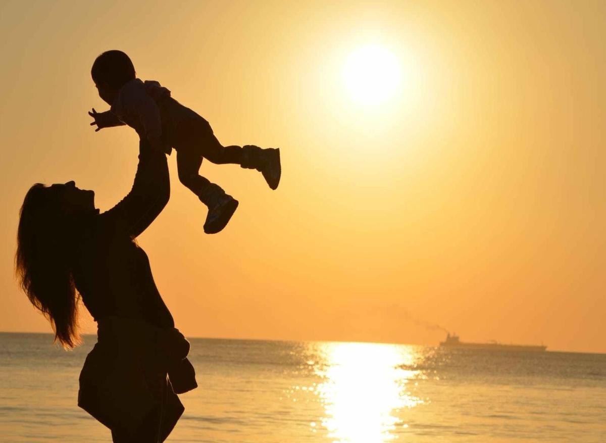माँ – ईश्वर का अनोखास्वरूप